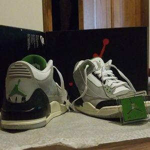 Air Jordan 3 chlorophyll